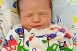 Tomáš Cimbálek přišel na svět 13. listopadu 2020 v 20. 07 hodin v čáslavské porodnici. Vážil 3090 gramů a měřil 49 centimetrů. Doma v Březové ho přivítali maminka Veronika, tatínek Martin, pětiletá sestřička Dianka a tříletá sestřička Míša.