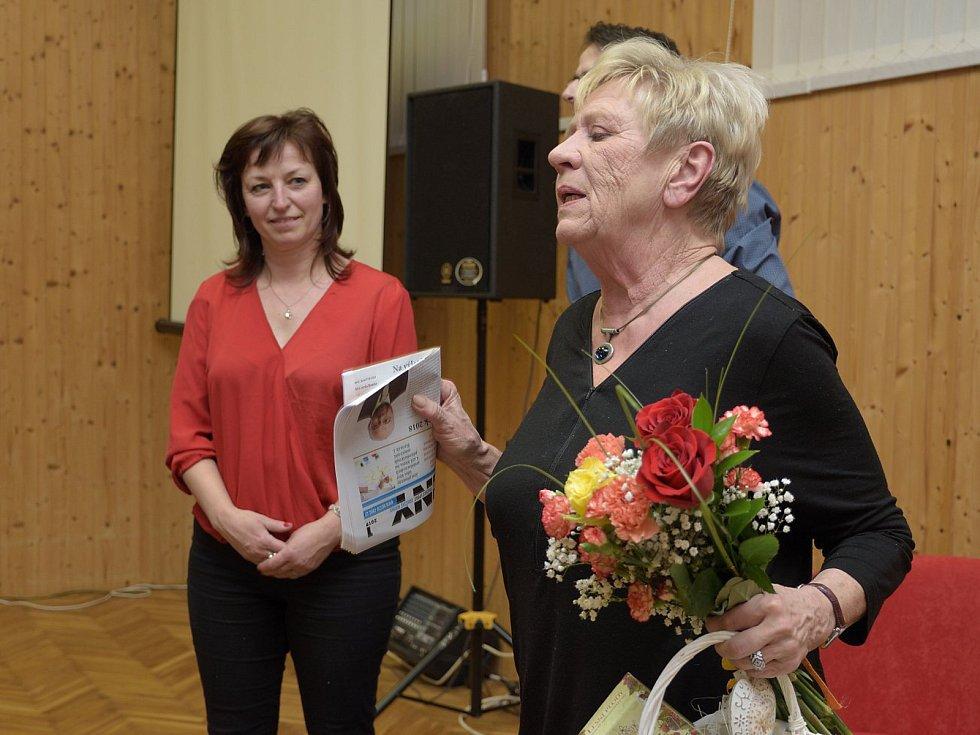 Herečka Jaroslava Obermaierová usedla ve Zruči nad Sázavou do křesla pro hosta.