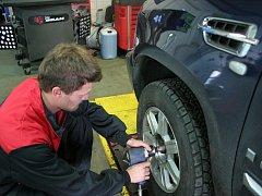 Ilustrační foto: výměna pneumatik