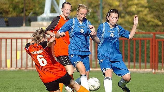 Fotbal ženy: Kutná Hora - Jestřábí Lhota 1:0. 24. 9. 2011