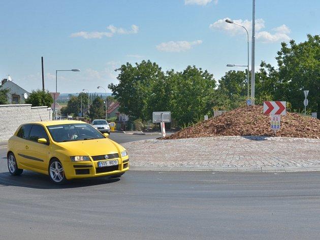 Kruhový objezd na Karlově - 23.7.2014