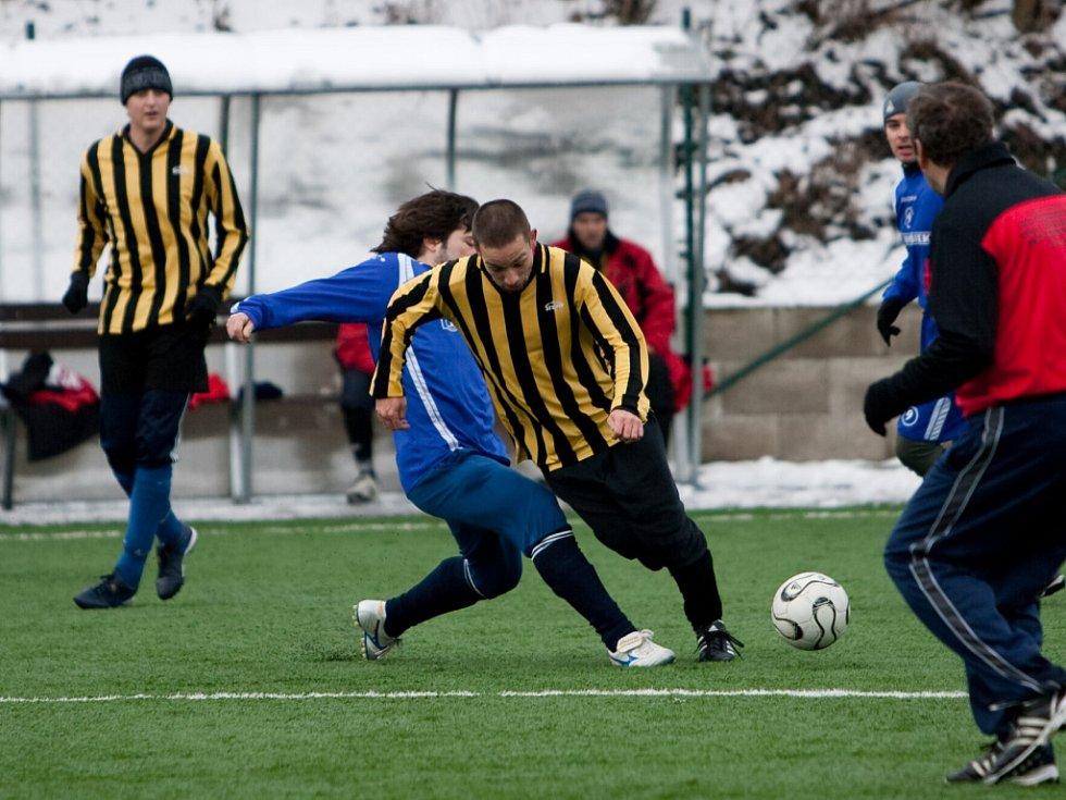 Z přípravného fotbalového utkání Tupadly - Golčův Jeníkov.