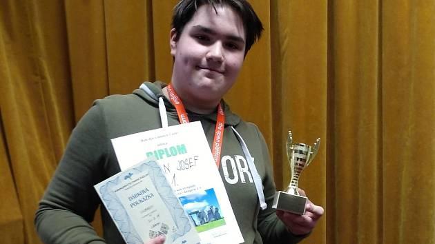 Josef Kavan, vítěz okresní olympiády v anglickém jazyce v kategorii II. A.