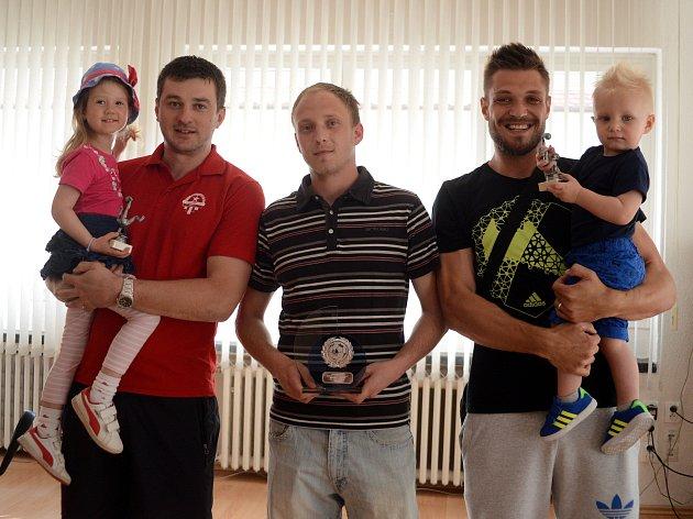 Fotbalista okresu 2015. Zleva: Miroslav Potměšil (3. místo), Ondřej Císař (1. místo), Štěpán Kacafírek (2. místo).