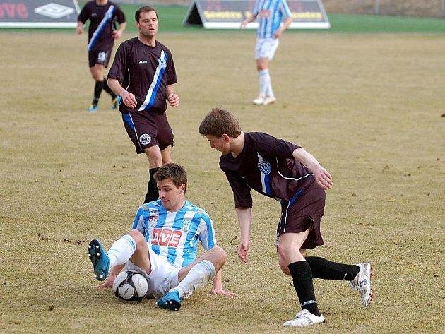 17. kolo II. ligy: Zenit Čáslav - SK Kladno 3:1, 13. března 2011.