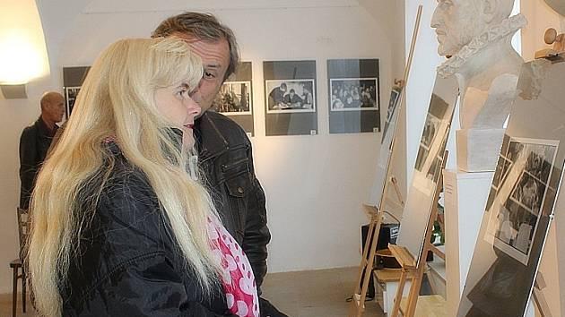 Výstava Pavla Váchy připomíná Václava Havla