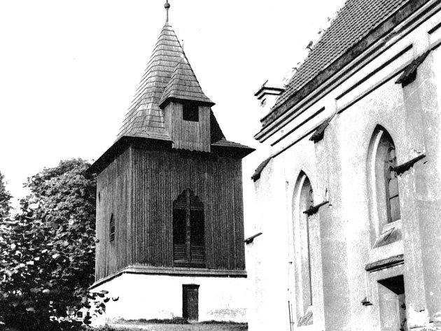 Kostel vPetrovicích II.