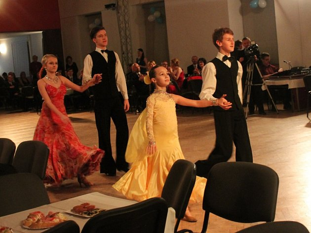 1. Ples neziskových organizací v Kutné Hoře v Lorci