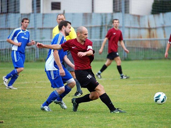Dohrávka 7.kola okresního přeboru: U. Janovice B - Zbraslavice 2:1, 18.října 2012.