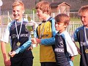 Mladší žáci FK Čáslav E jako okresní přeborníci v sezoně 2016/2017.