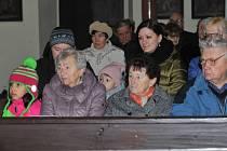Vánoční zpívání koled v kostele sv. Václava v Jindicích.