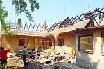 Požár rodinného domu v Žehušicích. 9.5.2011