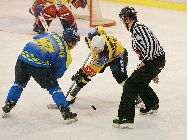 Z utkání druhé ligy K. Hora - Roudnice (4:2).