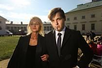 Filmový štáb na zámku Kačina v pondělí 18. října 2021.