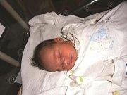 Damian Šimek se narodil 27. června v Čáslavi. Vážil 3650 gramů a měřil 50 centimetrů. Doma v Čáslavi ho přivítali maminka Denisa, tatínek Dan a sestra Vaneska.