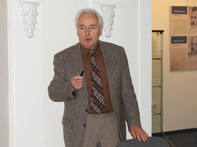 Doktor Karel Sklenář přednášel o Klimentu Čermákovi