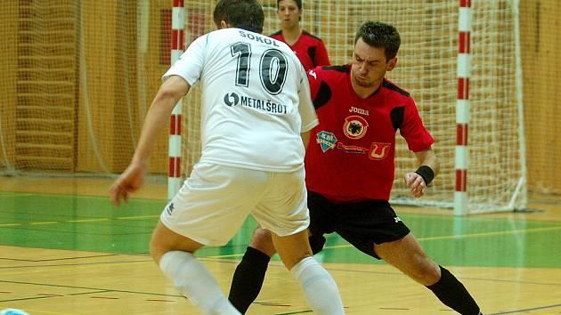 14. kolo Chance futsal ligy: FC Benago Zruč - 1. FC Delta Real Šumperk 6:6, 13. ledna 2012.