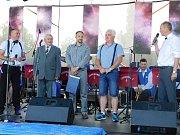 Čáslavské slavnosti 2018: na pódiu také textař Jaroslav Hájek, muzikant Kamil Havelka a starosta Jaromír Strnad.