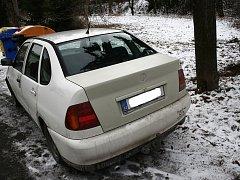 Odcizené a vykradené vozidlo Volkswagen Polo.