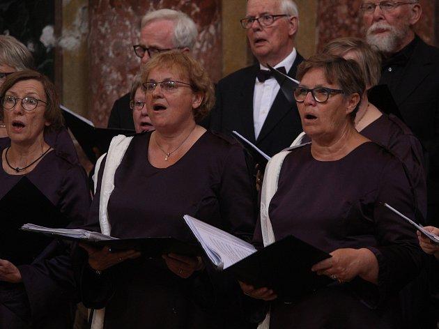 Zazpívali si s ringstedským pěveckým sborem.