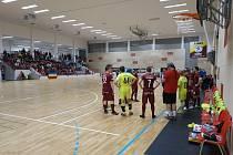 Varta futsal liga v Kutné Hoře: Sparta Praha - Helas Brno 15:3.