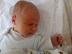 Damián Petana se narodil 9. června v Čáslavi. Vážil 3070 gramů a měřil 47 centimetrů. Doma ve Vrdech ho přivítali maminka Aneta a tatínek Jaroslav.