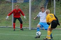 Fotbal divize žáků: St. žáci Čáslav - Hr. Králové 2:0, sobota 17. října 2009