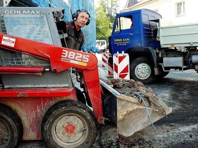 Uzavírka Čáslavské ulice v Kutné Hoře skončí tento pátek