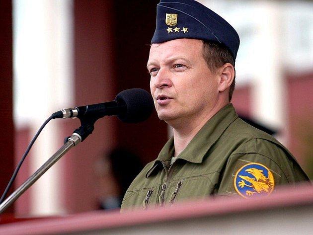Bývalý velitel 21. základny plukovník Petr Mikulenka
