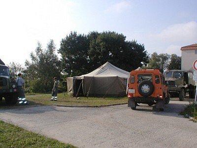 Tábor humanitární pomoci.