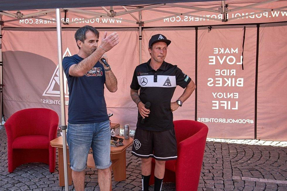 Zruč hostila legendu sportu Libora Podmola.