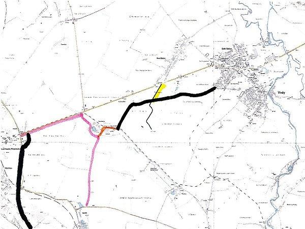 Nová vrdská cyklostezka (na mapě tmavá linka vpravo) se napojí na stávající cyklostezku čáslavskou (růžová linka).