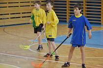 Mladí sportovci soutěžili o školský pohár ve florbale