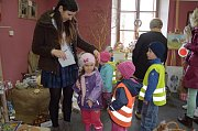 Výstavní síň zámečku ve Zbraslavicích se hned první den zaplnila návštěvníky