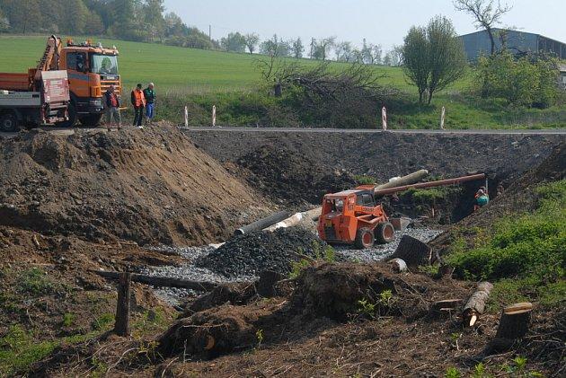 Rekonstrukce propustku u Dolní Pohledi