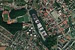 Kontejnerová loď Ever Given na Podměstském rybníku v Čáslavi.
