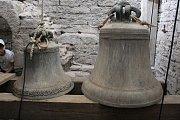 Historické zvony Josef a Jakub.