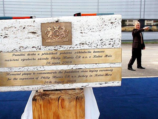 Položení základního kamene rozšíření závodu Philip Morris v Kutné Hoře
