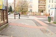 Signální pás v Masarykově ulici v Kutné Hoře