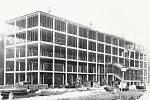 Takto pokročilá byla výstavba továrny ve Zruči nad Sázavou 28. srpna 1939.