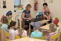 Školce v Krsovicích se daří.