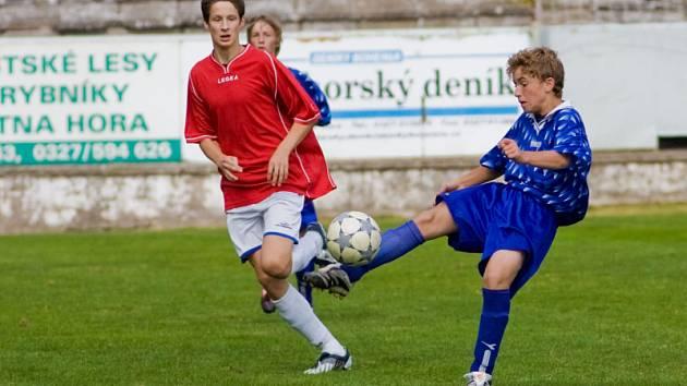 Z utkání KP dorostu ml. dorost K. Hora - Dobříš 2:0, neděle 14. září 2008