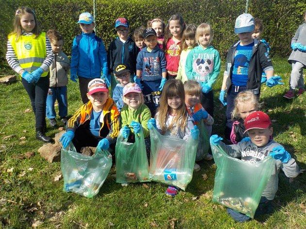 Děti vyčistily alespoň malý kousek planety