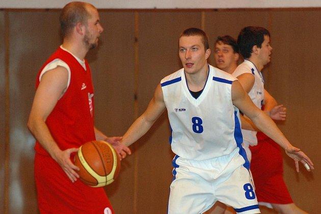 Basket: K. Hora - Č. Brod 89:56, sobota 7. listopadu 2009