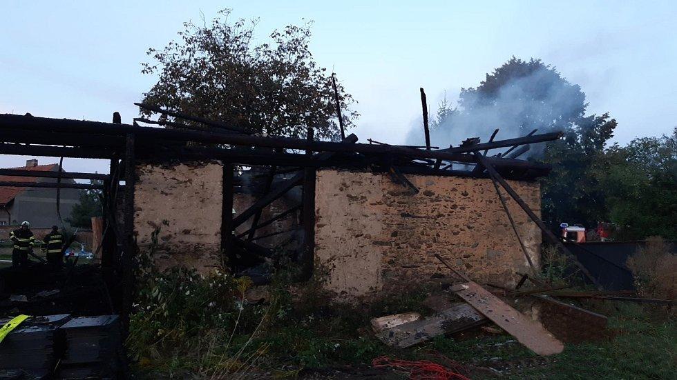 Z požáru stodoly u obce Chlum