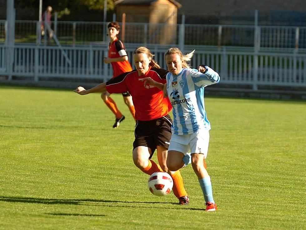 Fotba ženy, Čáslav - Kutná Hora, 0:1.