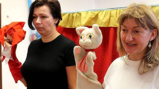 Mateřskou školu Dačického navštívilo divadlo Úsměv.
