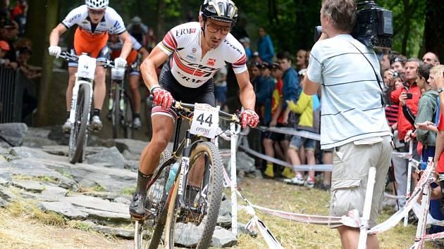 Miguel Martinez vyhrál závod Českého poháru horských kol v Kutné Hoře, 15. června 2014.