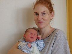 Christian Žilka se narodil 27. února v Čáslavi. Vážil 4100 gramů a měřil 52 centimetrů. Doma ve Zruči nad Sázavou ho přivítali maminka Anna, tatínek Tomáš a sestra Sára.