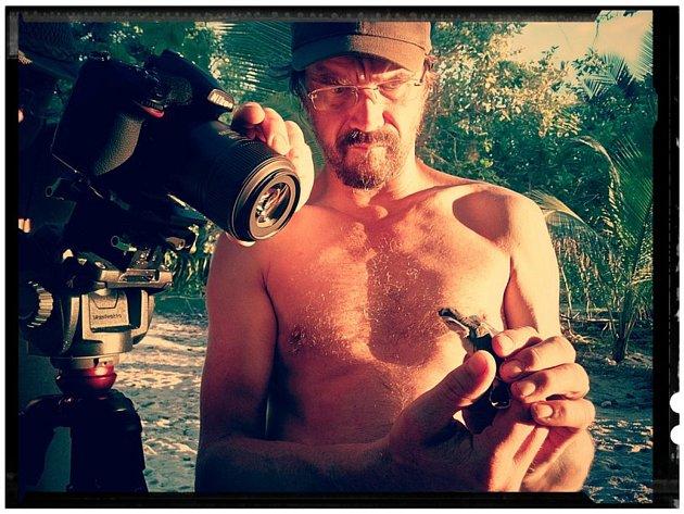 Záběr z dokumentárního seriálu Češi zachraňují.